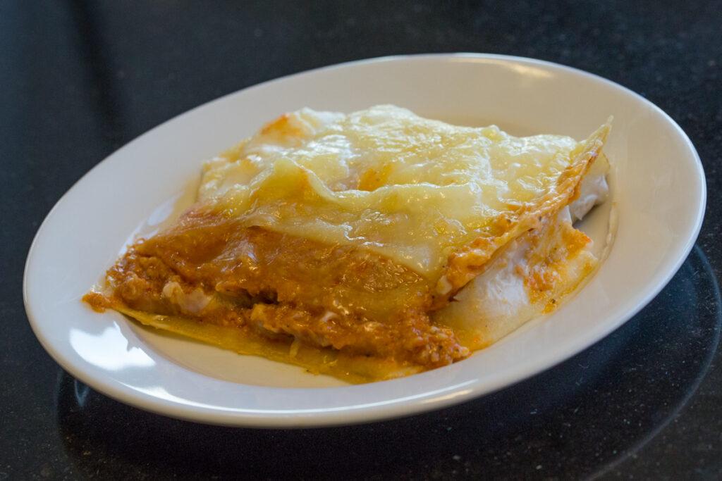Lasagne-opwarmen-zelfgemaakt-kant-en-klaar-1
