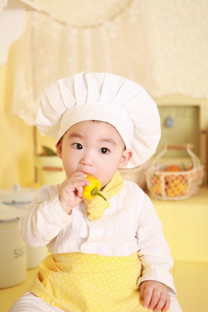 baby 9 maanden op reus eten